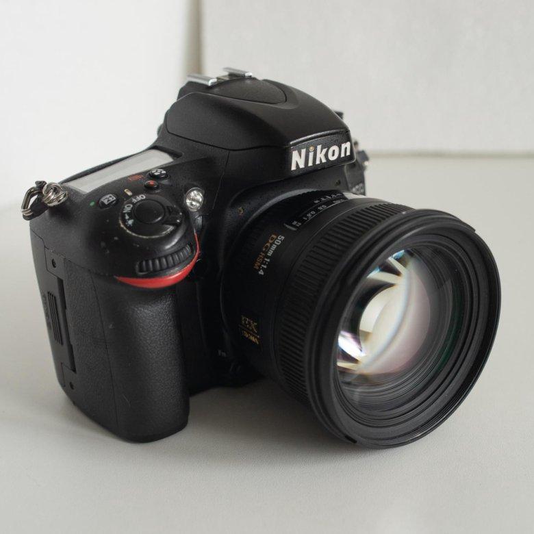 это первый лучший полнокадровый фотоаппарат думают