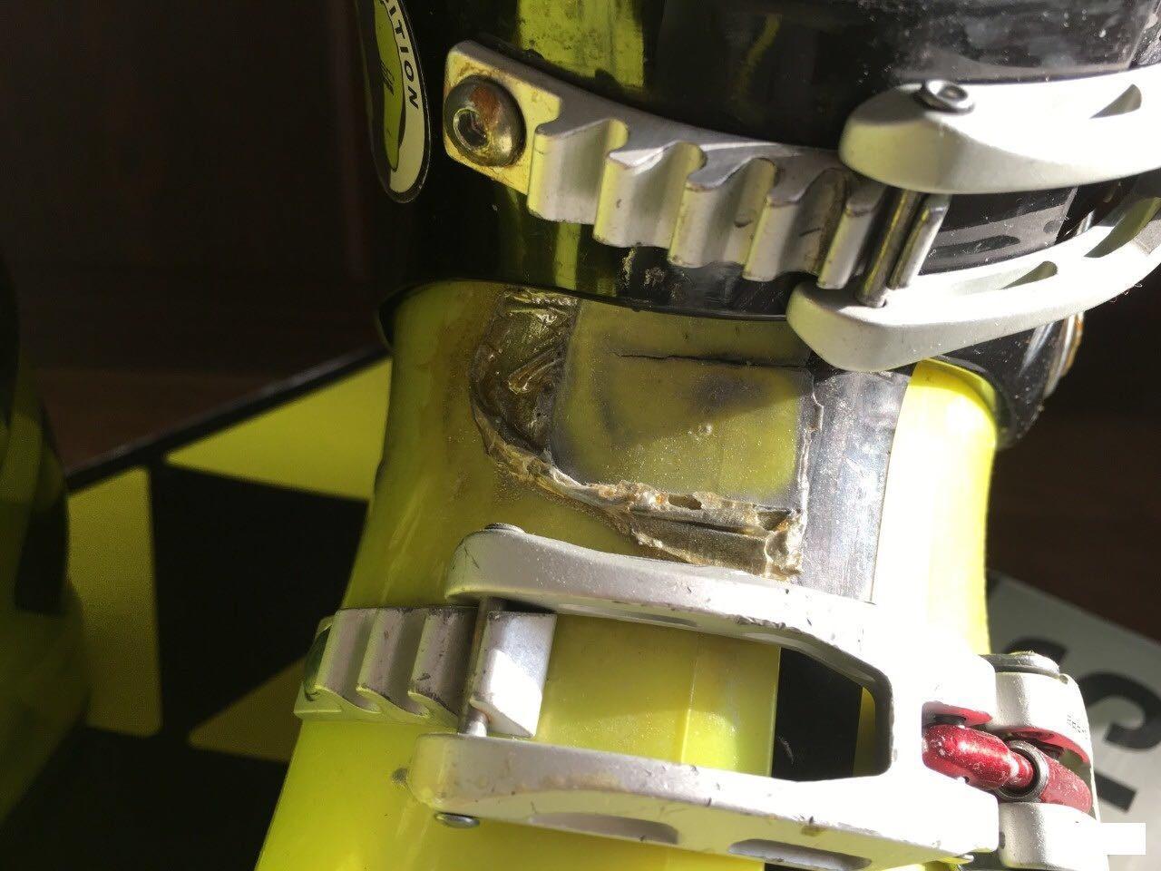 Горнолыжные ботинки Fischer Soma RC4 Race 120 89104407086 купить 2