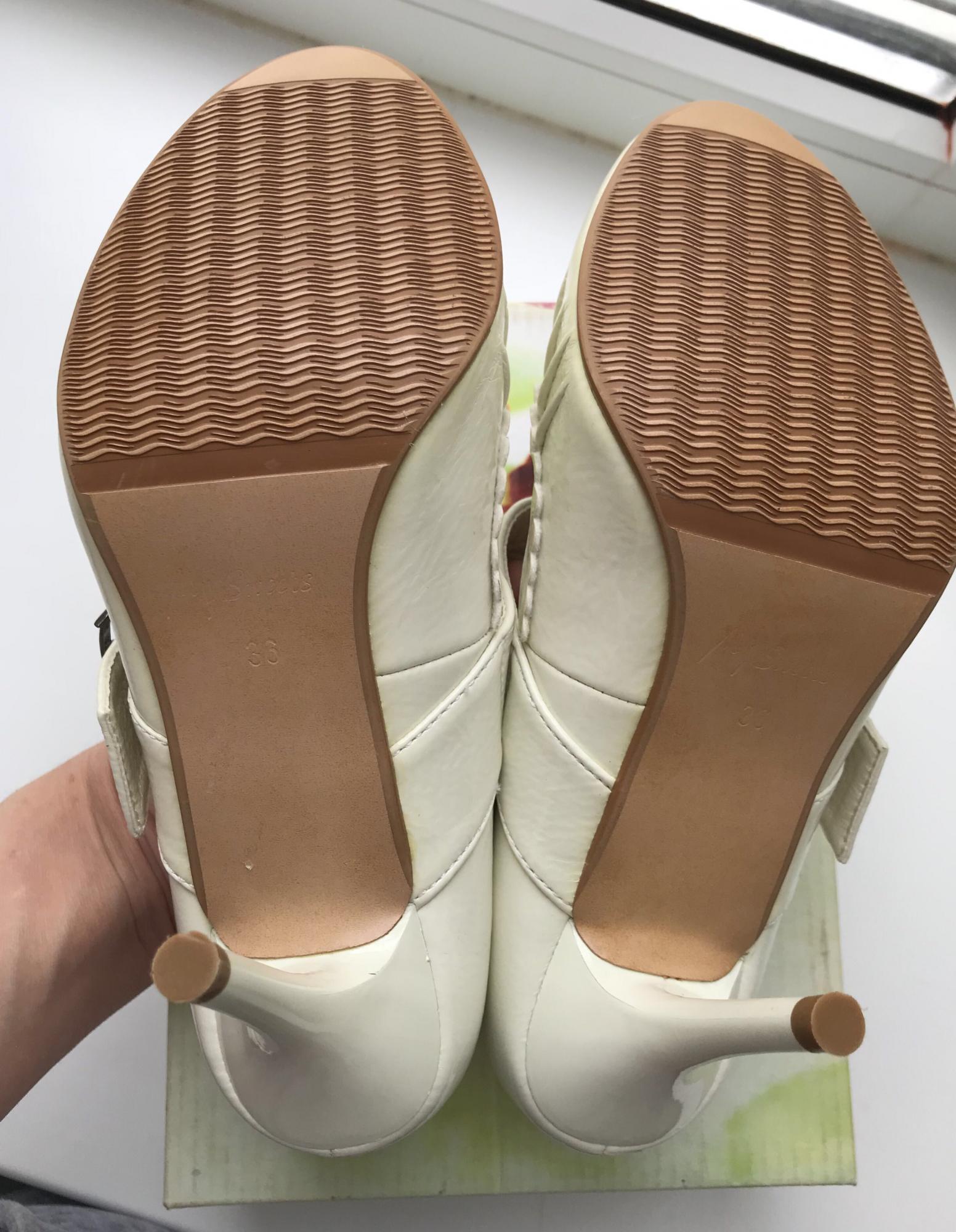 Новые туфли белые р.36 89269379102 купить 2