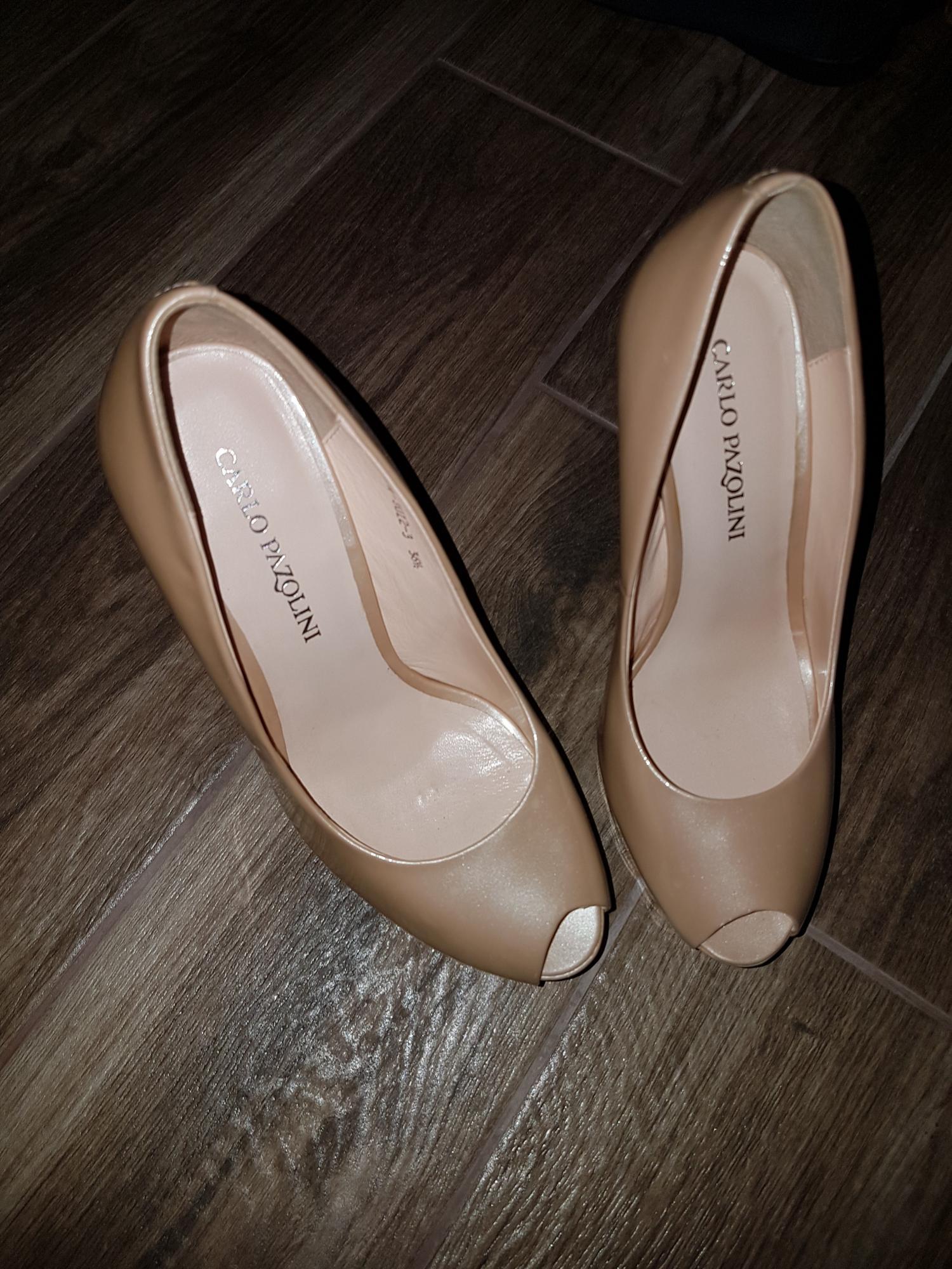 Женские туфли от KARLO PAZOLINI