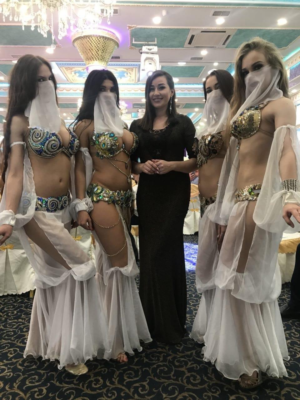 Фото арабских танцовщиц на свадьбах