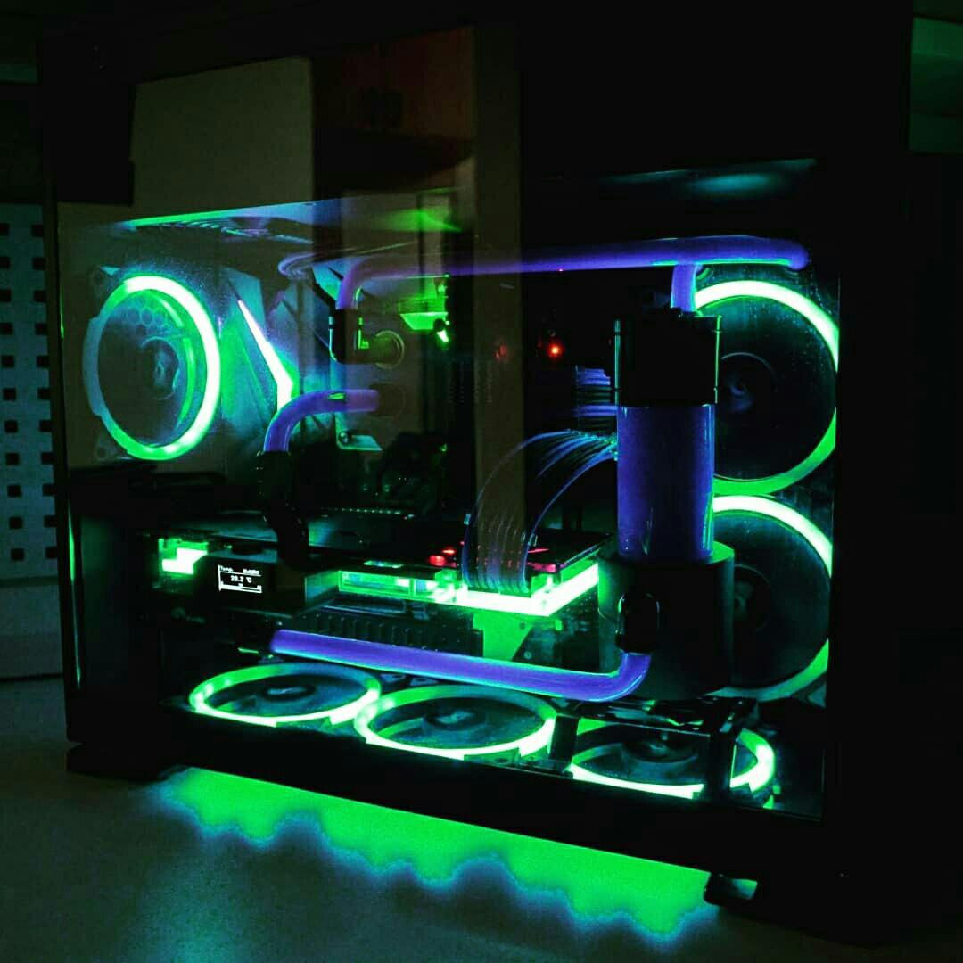 Игровой компьютер с водяным охлаждением