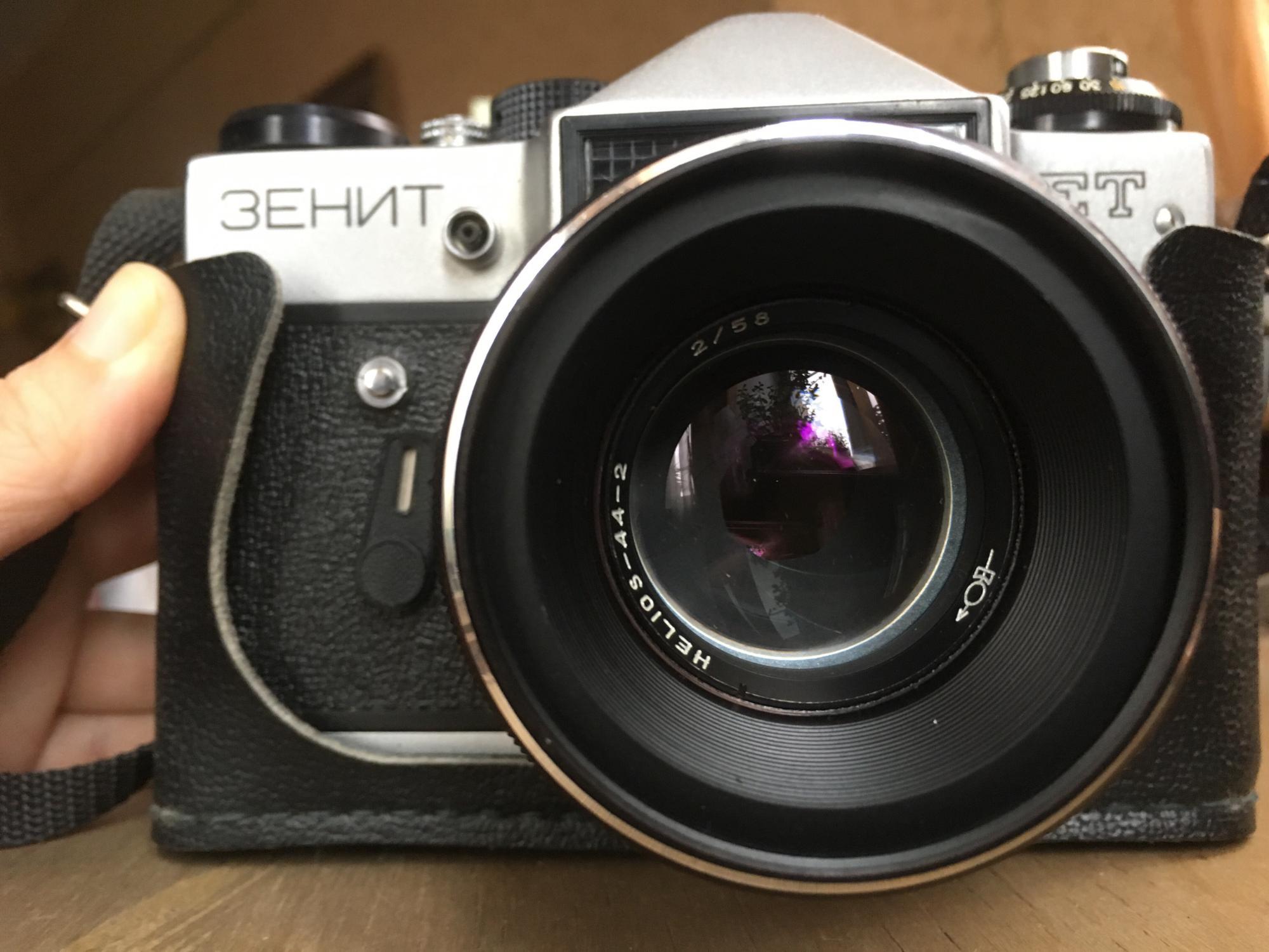 Лучший фотоаппарат для съемки в помещении первом