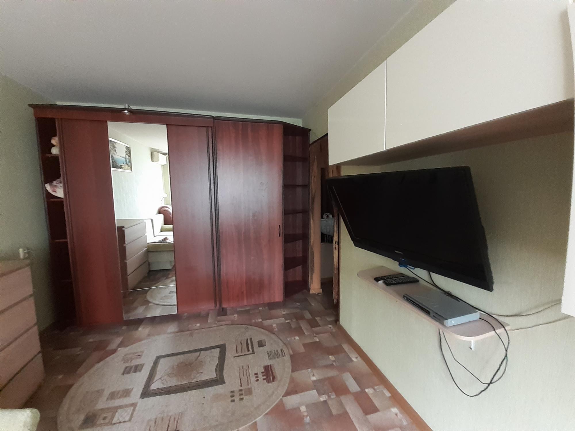 Аренда 1-комнатной квартиры, г. Тольятти, Тополиная улица  дом 50