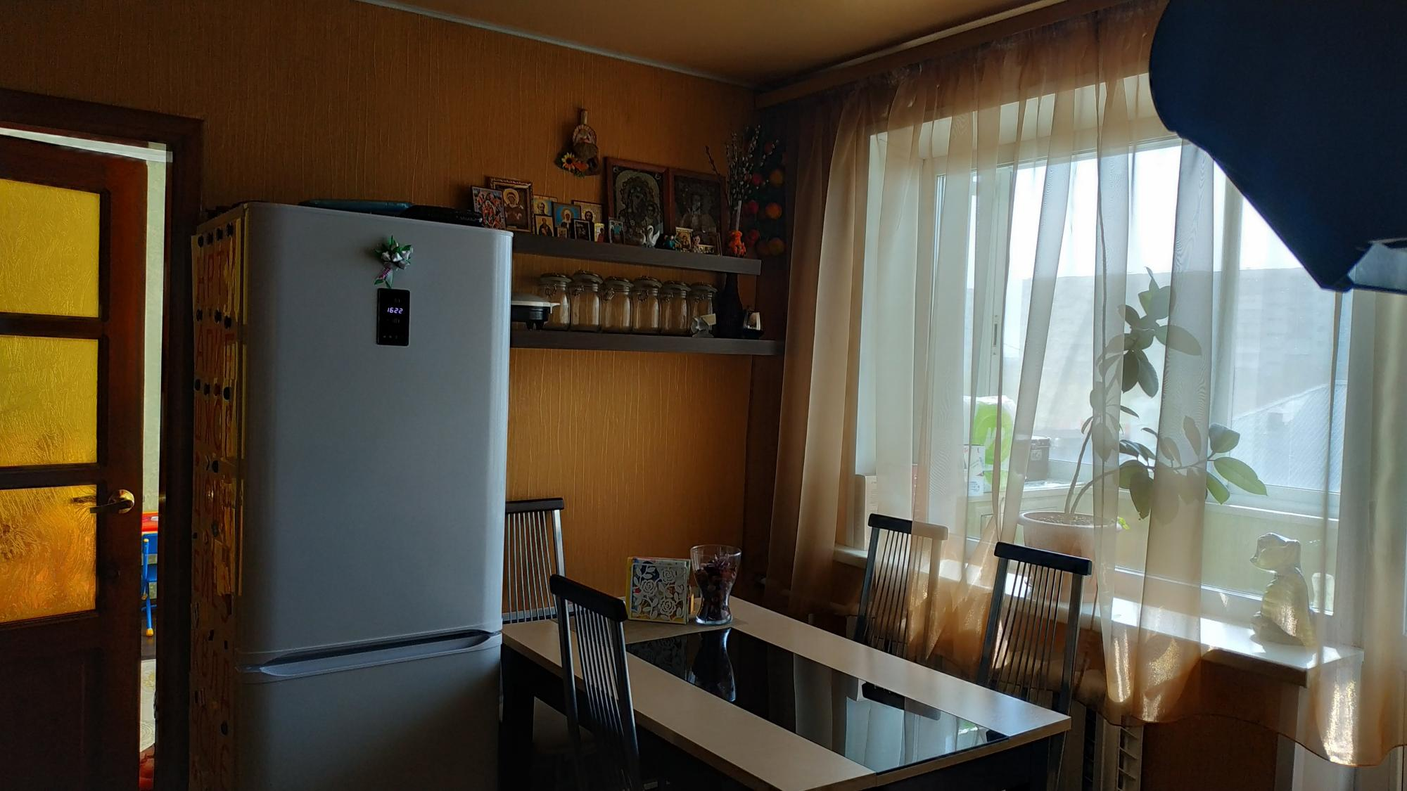 Продажа квартир / 2-комн., Белово, 1 700 000