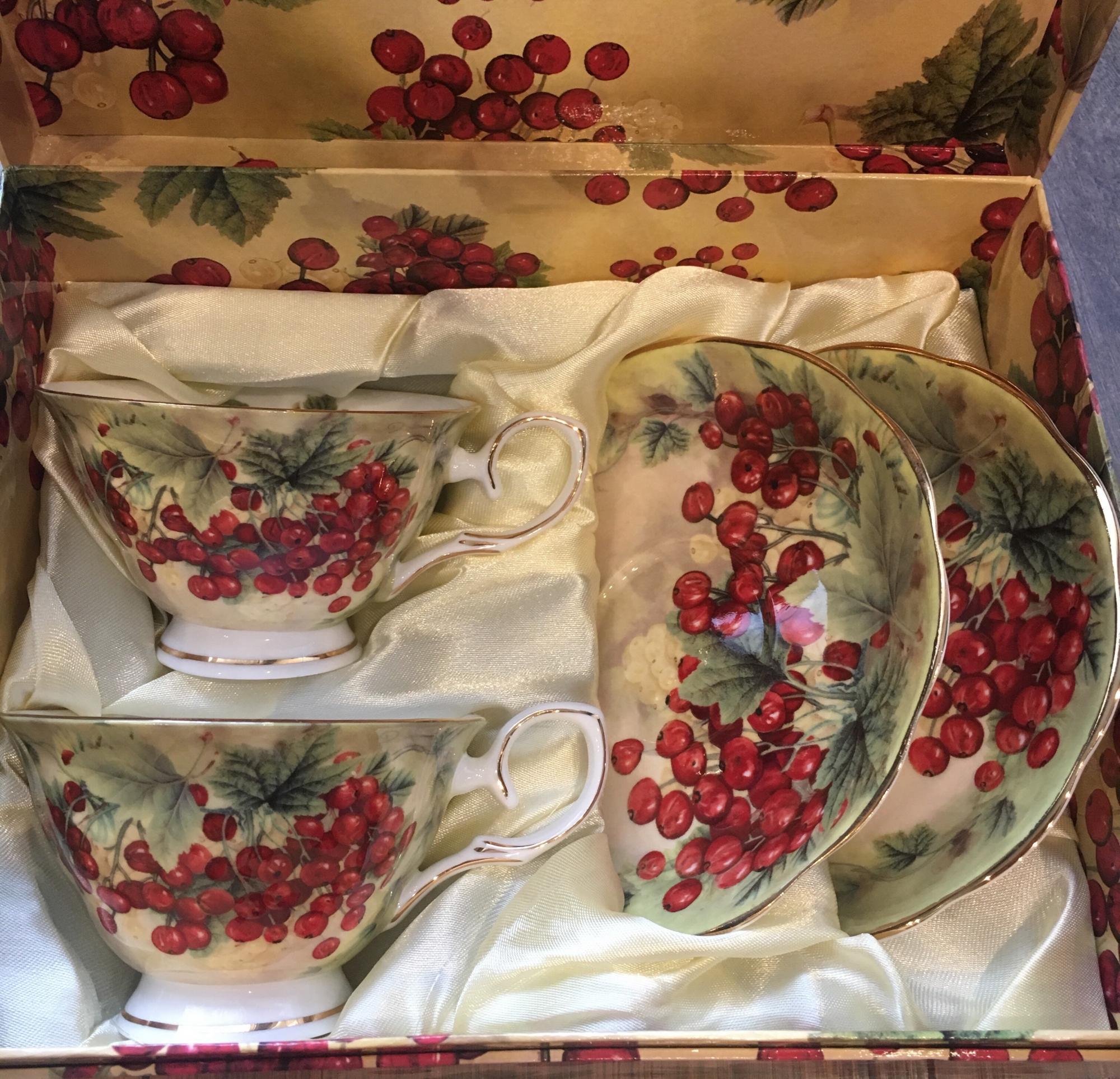 Чайный сервиз фарфоровый на 2 персоны, Китай