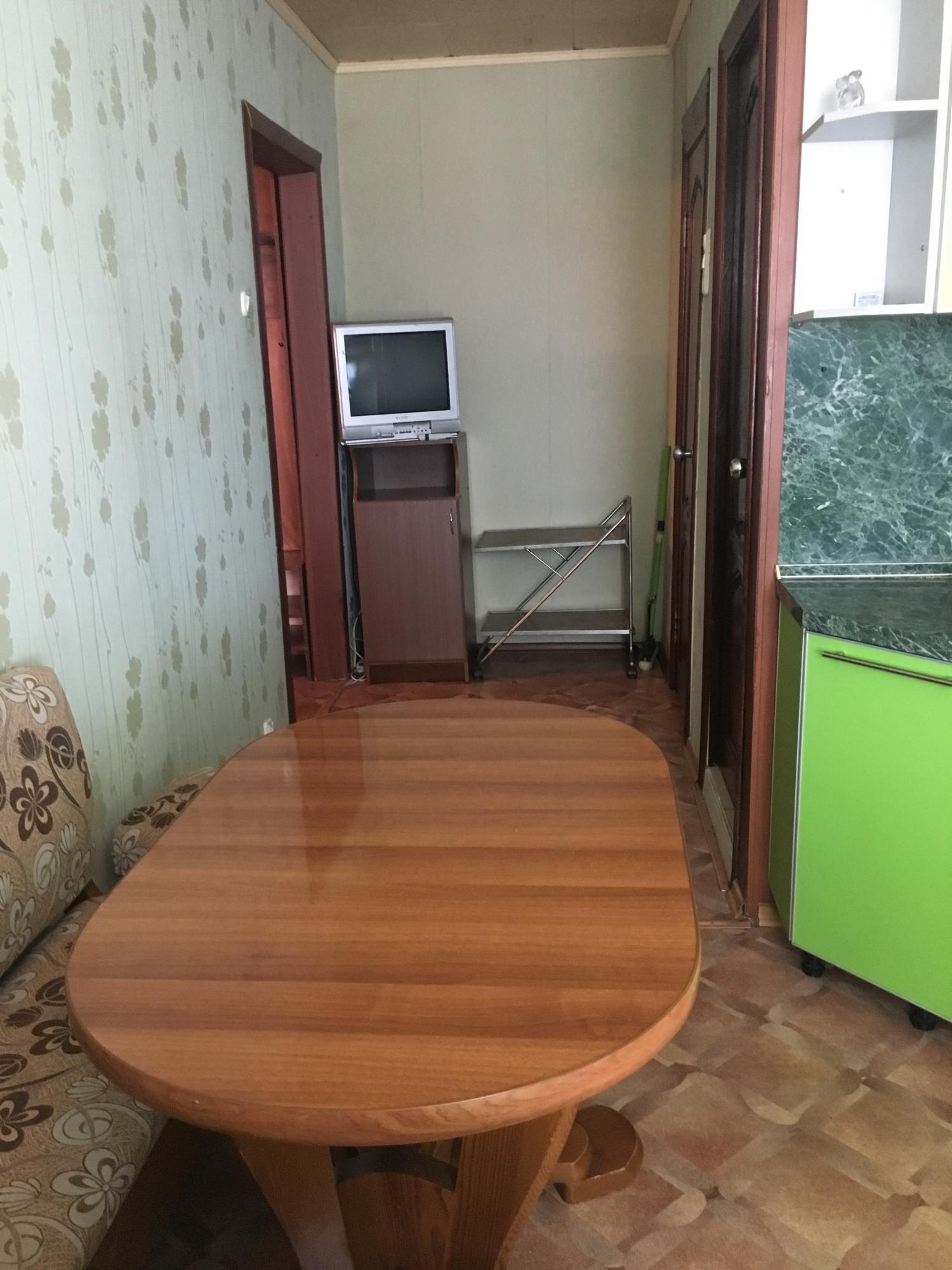 Аренда 2-комнатной квартиры, г. Тольятти, Толстого улица  дом 20