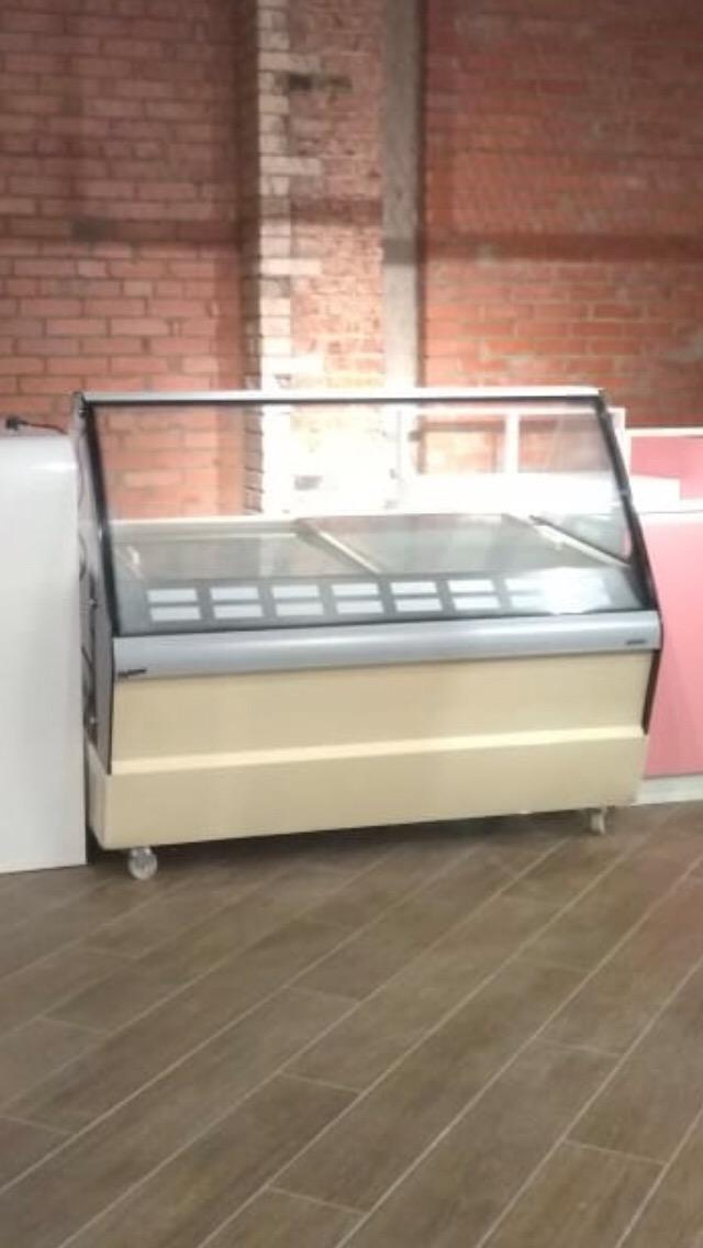 Freezer display unit in Moscow 89162844850 buy 4