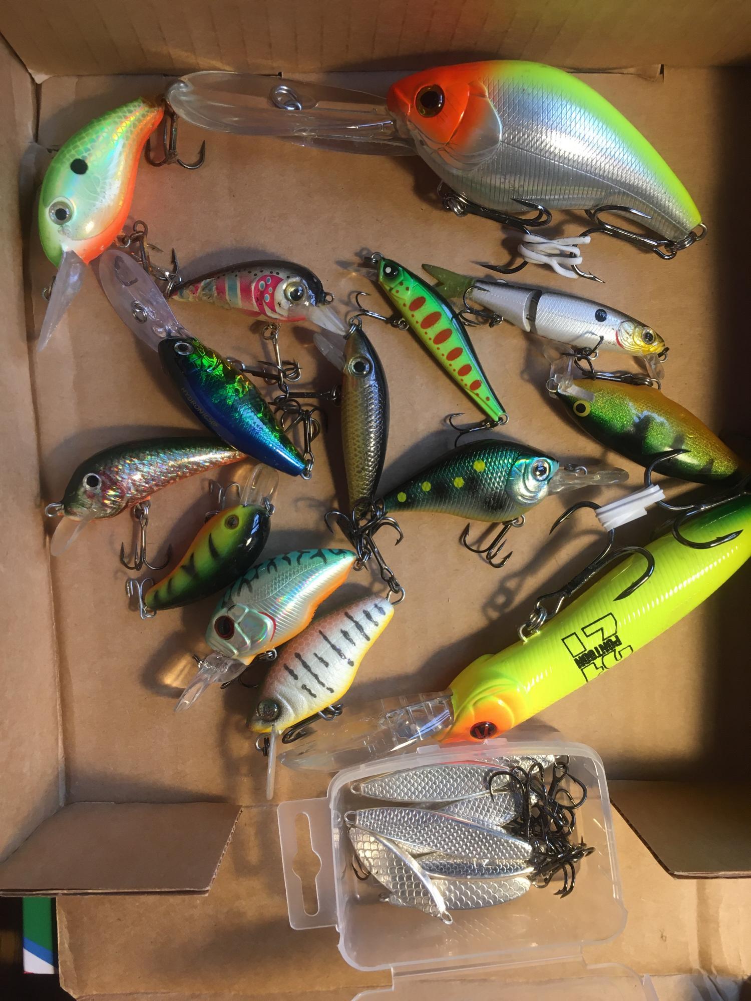 Воблера для рыбалки в Москве 89165294007 купить 1