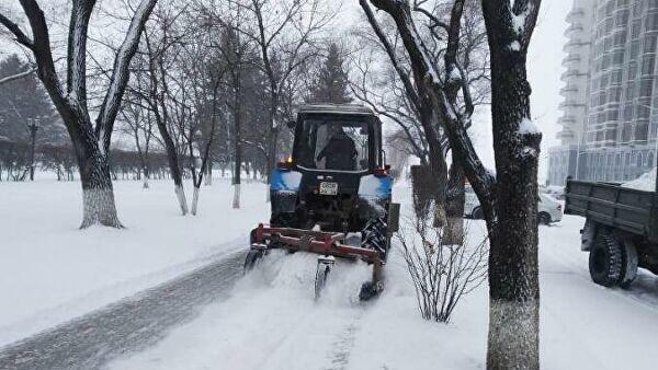 Аренда трактора уборка снега в Москве 89776987047 купить 4