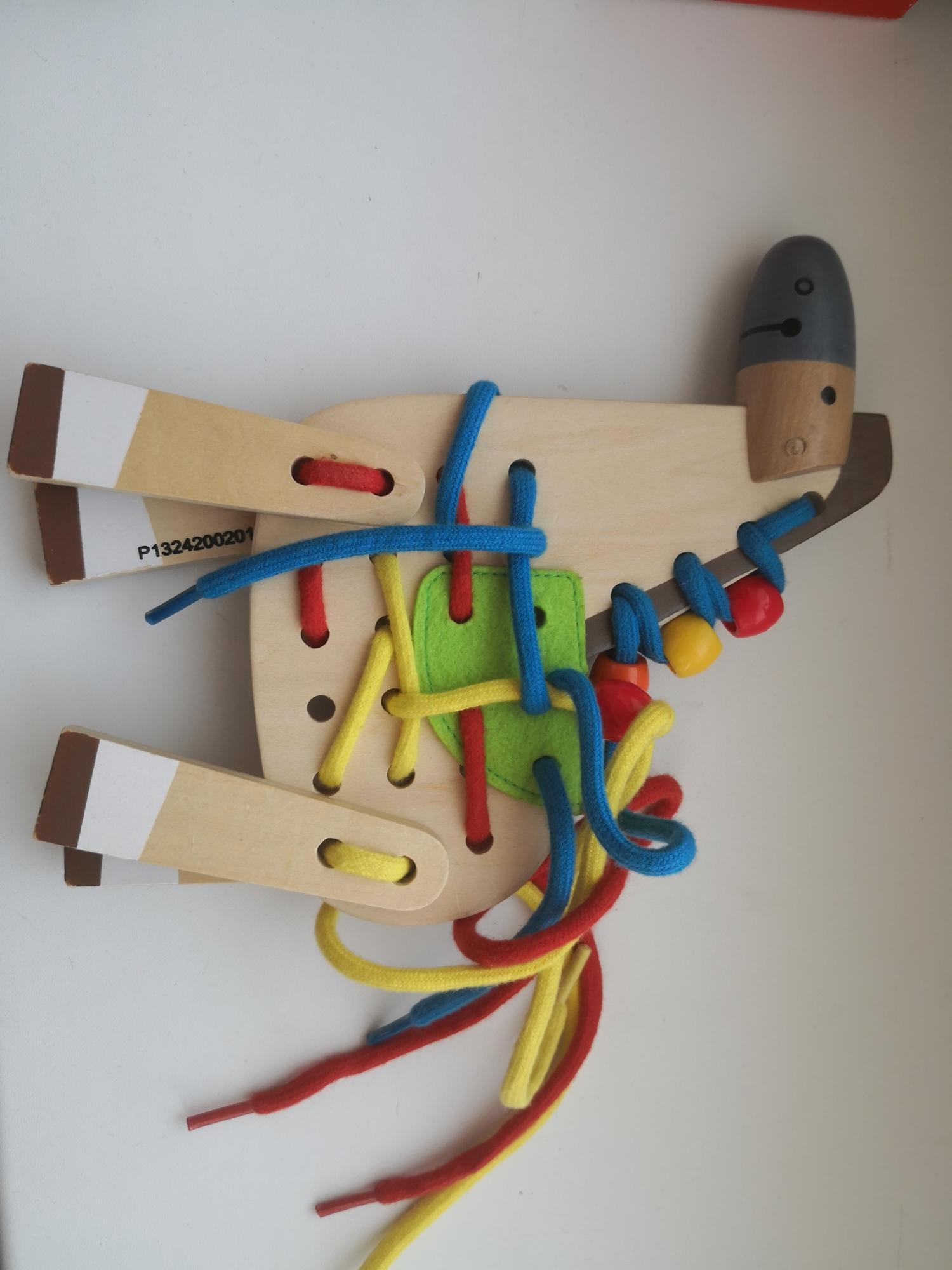 Развивающая деревянная игрушка-шнуровка в Москве 89651436560 купить 2