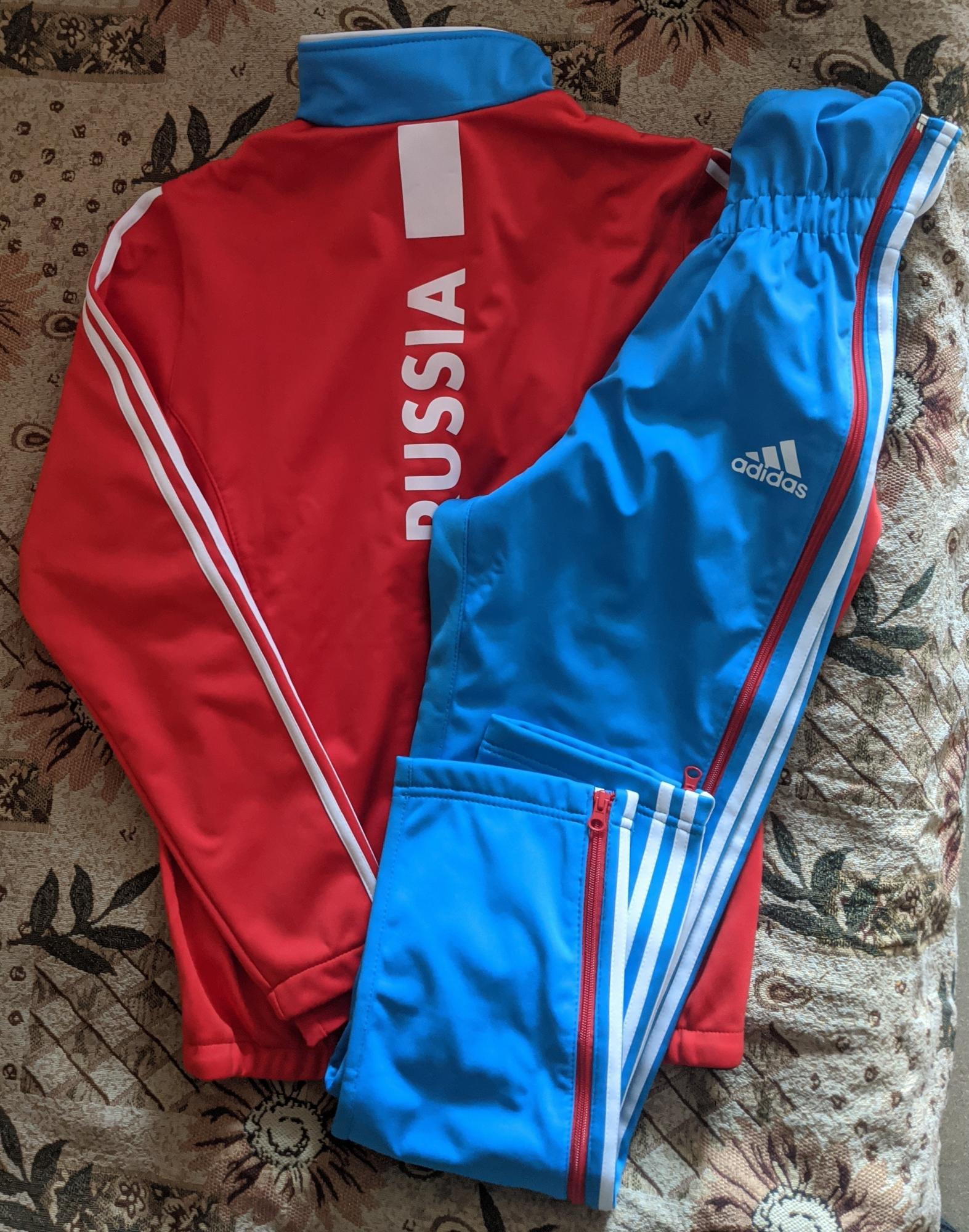 Новая лыжная разминка Adidas сборной России в Москве купить 4