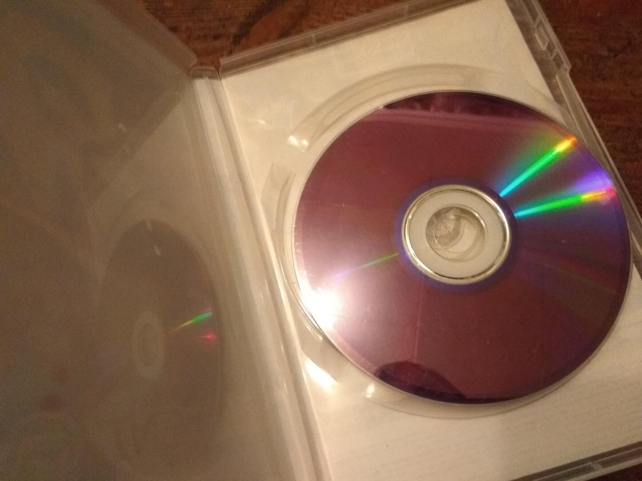 диск Resident Evil для Xbox 360 в Москве 89055780592 купить 3